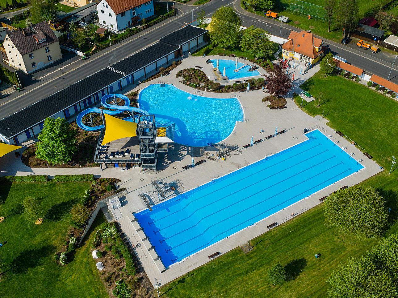 Luftaufnahme vom Egrensisbad Waldsassen.